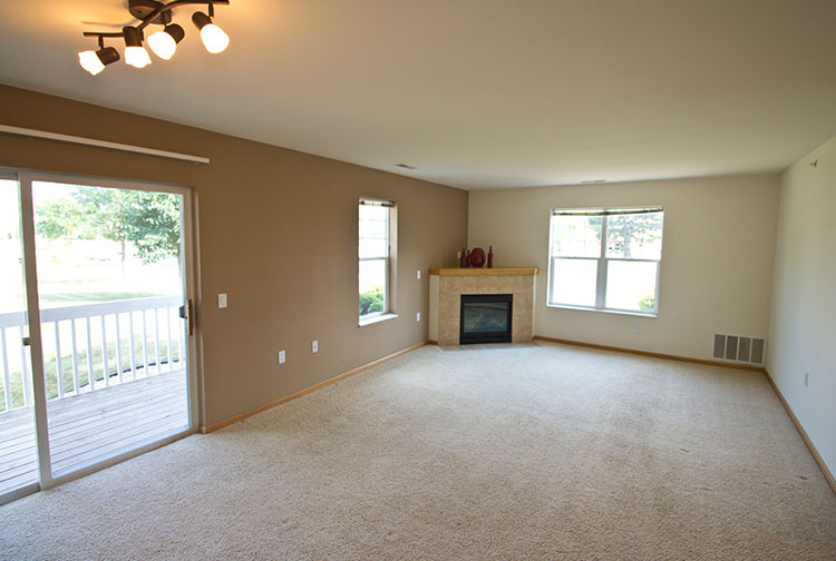 1 bedroom apartments in madison wi. contact shadow creek, a madison west side apartment community to experience an exceptional lifestyle that offers the uncompromising quality and luxury you 1 bedroom apartments in wi