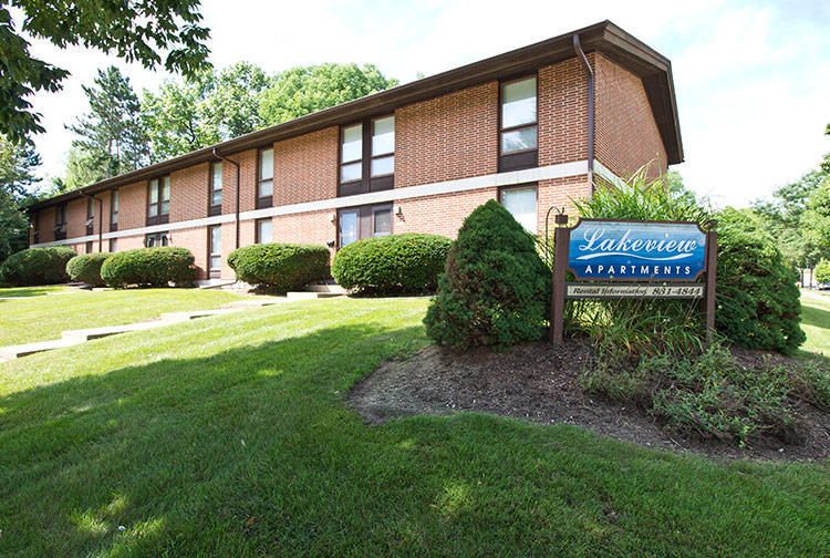 Middleton Apartments | Middleton Lakeview Apartments WI