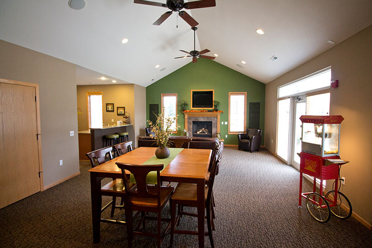 Homes For Sale Middleton Wi >> Stone Creek - West Side Madison Apartments WI