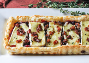 Cranberry-Brie-Tart-with-Pancetta-Thyme-10
