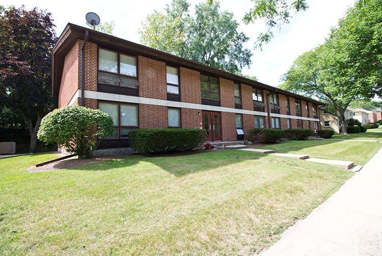 middleton-lakeview-apartments2