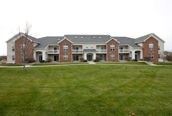 West side madison apartments verona apartments madison wi for Stone creek development