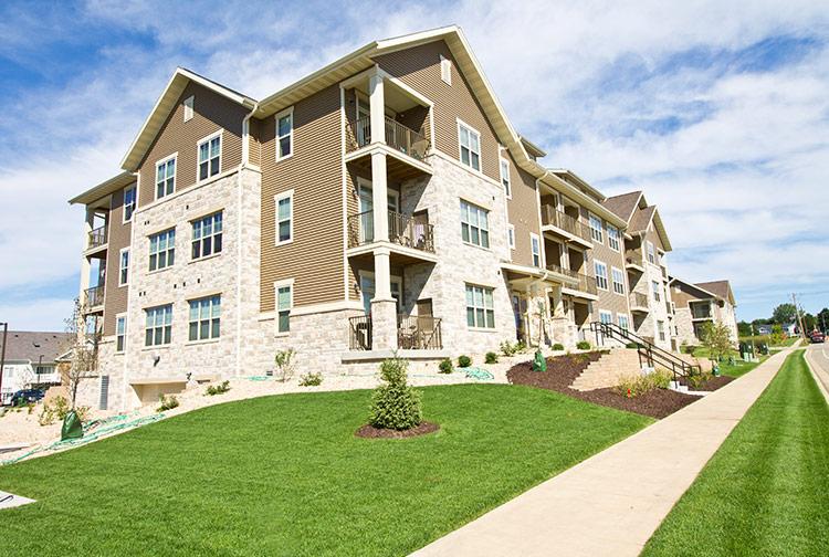 stone-creek-gardens-apartments2