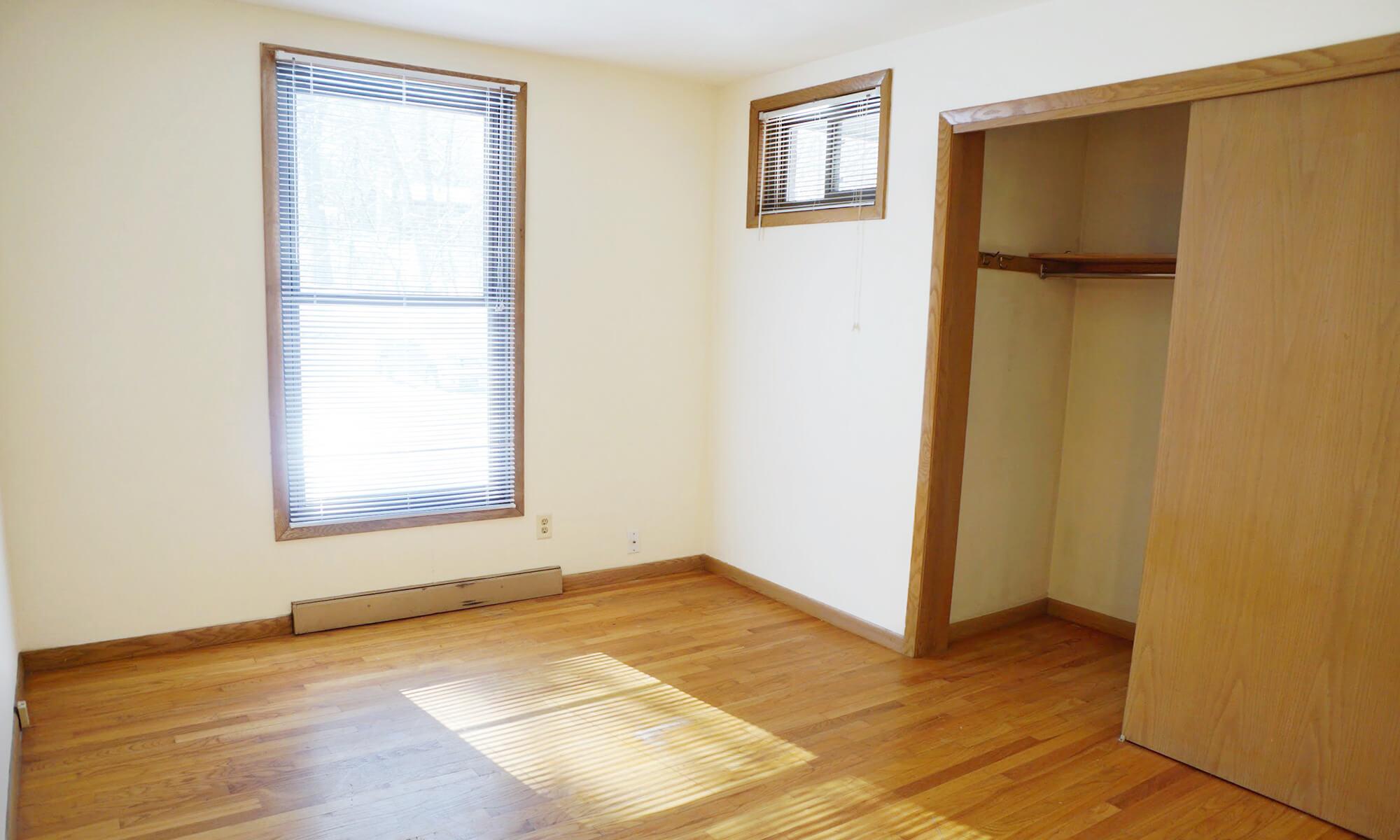 2B 1B Bedroom 1 (2)