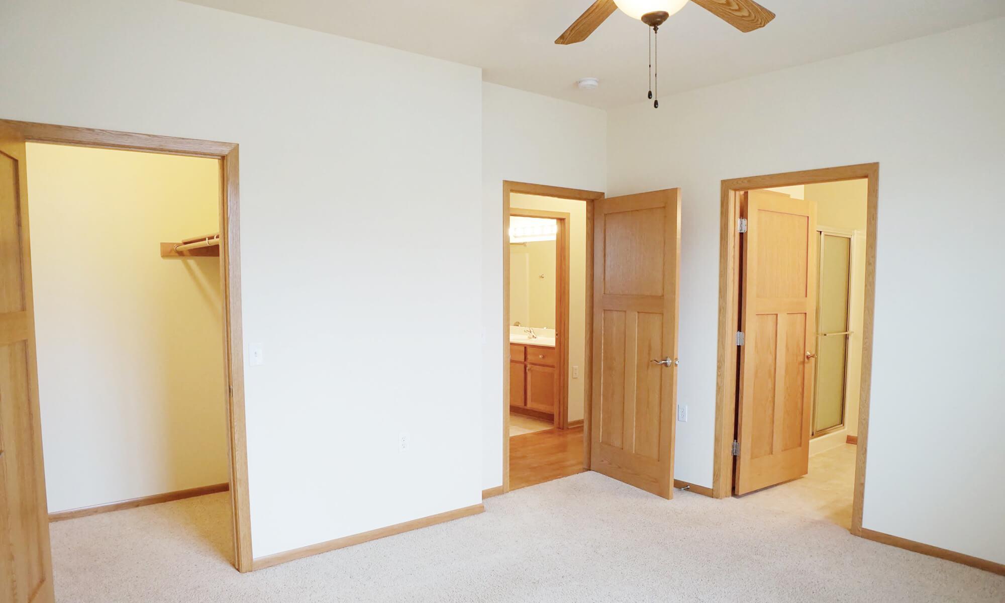 Aspen TH Buff_Master Bedroom (1)