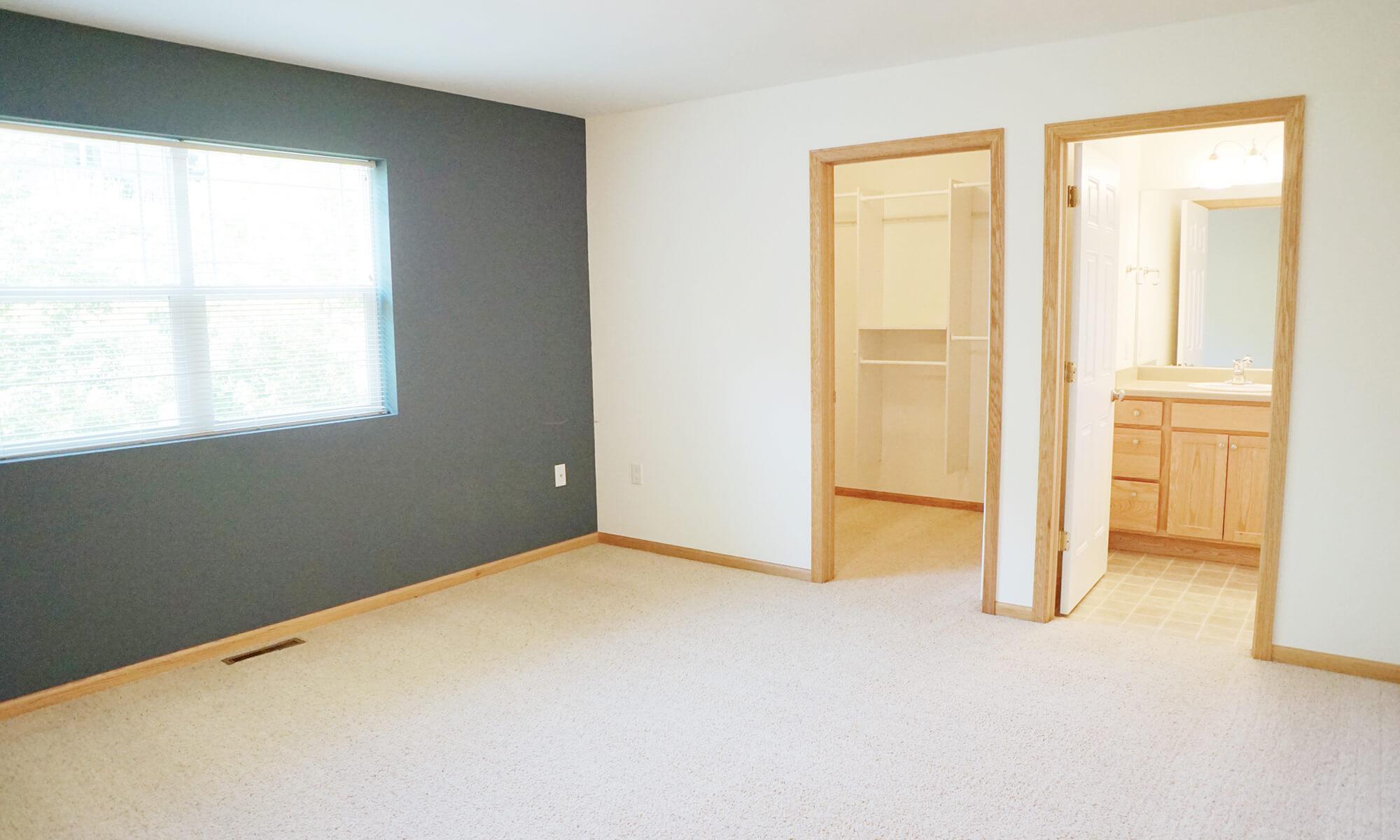 Master 1 Bedroom (2)